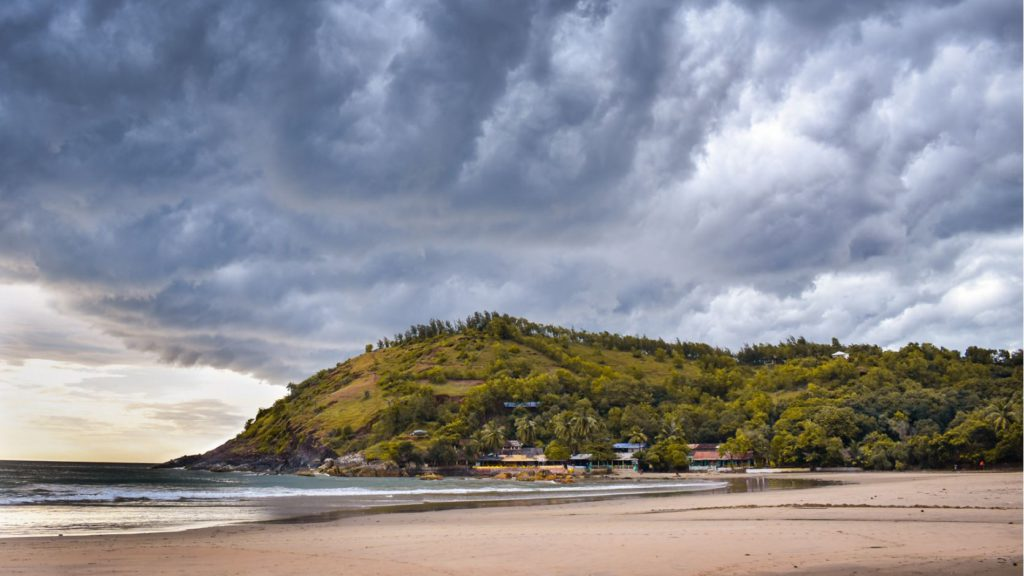 A cloudy day in Gokarna during the off-season