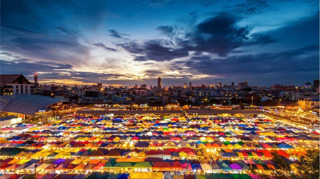 Rathchada night market Bangkok tourist attractions