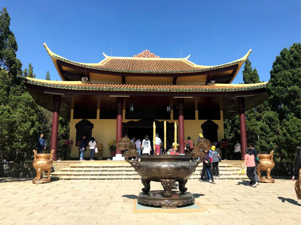 Truc Lam Temple, Places to see in Da Lat