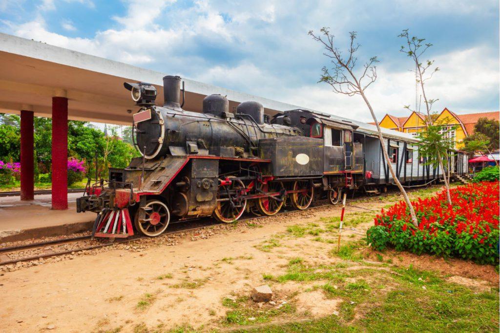 Train from Da Lat to Trai Mat