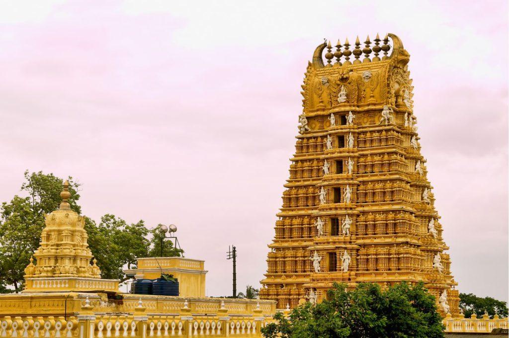 Chamundeshwari Temple on Chamundi Hills, Mysore, day trip to Mysore