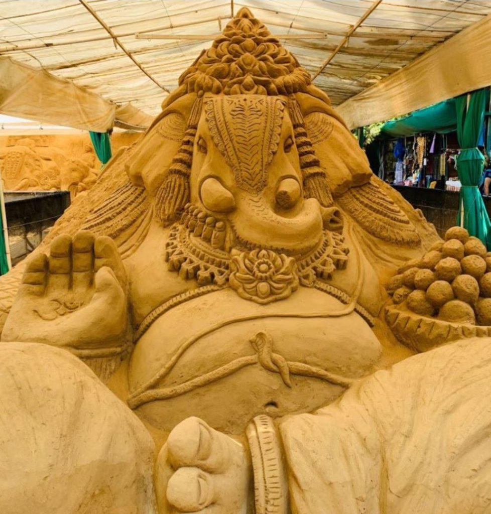 Ganesha's Sculpture at the entrance