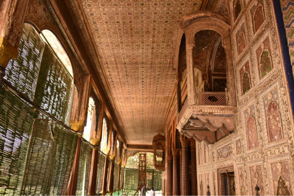 Inside Daria Daulat at Srirangapatana, day trip to Mysore