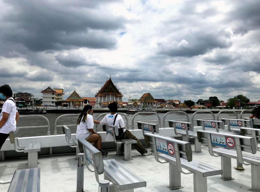 Thonburi Palace from Chao Phraya Tourist Boat