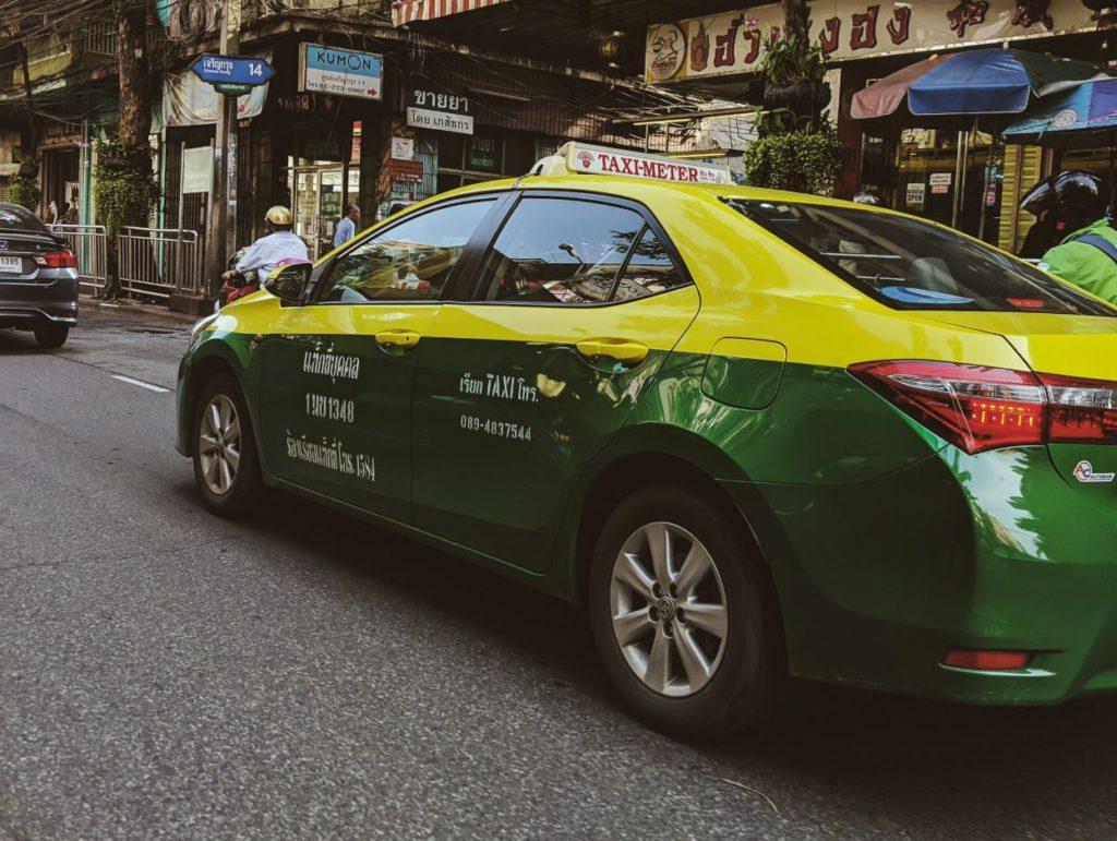 Bangkok Taxi, how to travel inside Bangkok
