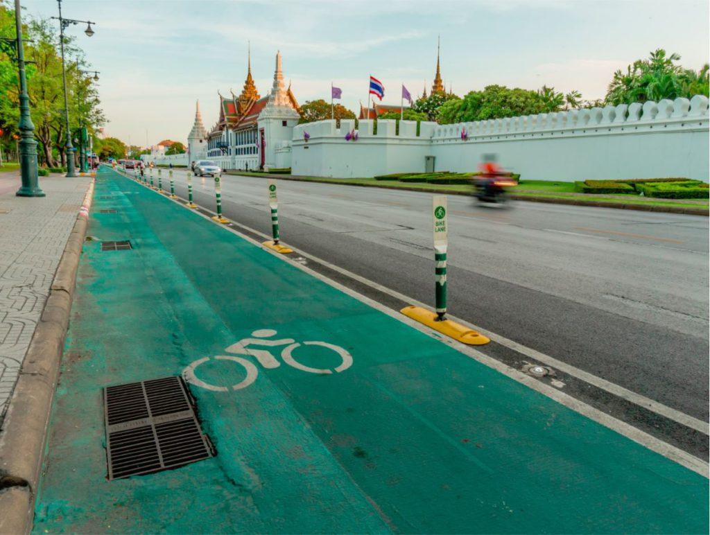 Cycling lane in Bangkok, how to travel inside Bangkok