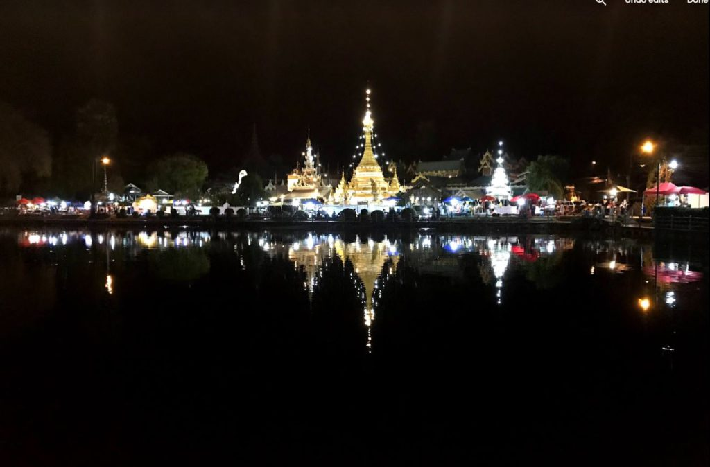 Chong Kham Lake and temple, Mae Hong Son
