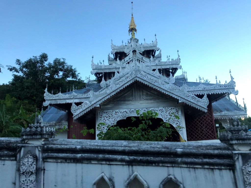 Temples influenced by Burmese architecture