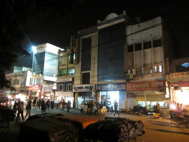 Aminabad Market at night, Lucknow