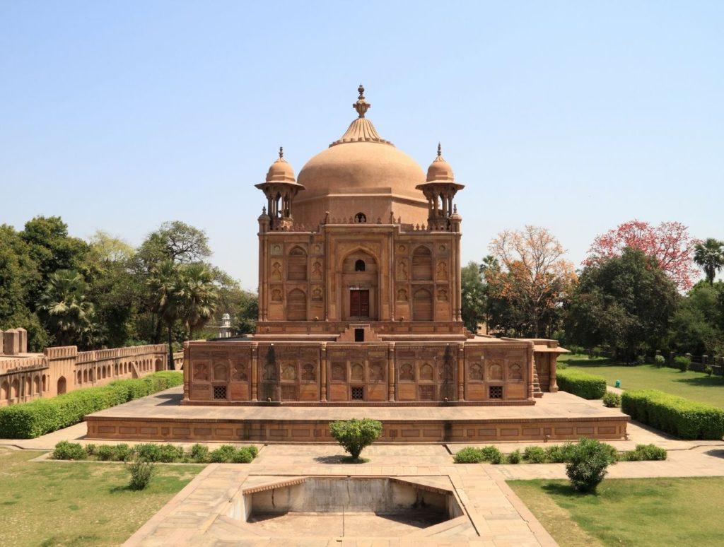 Tomb of Khusrau, the first son of Jehangir