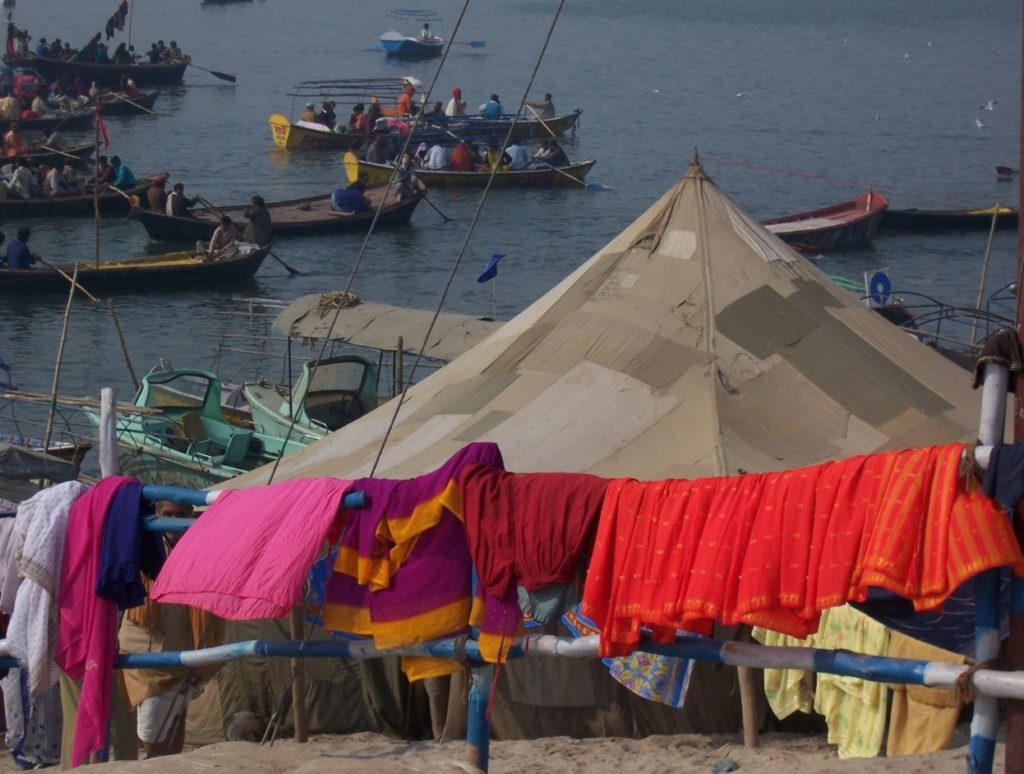 People staying in temporary arrangements in Kumbh Mela