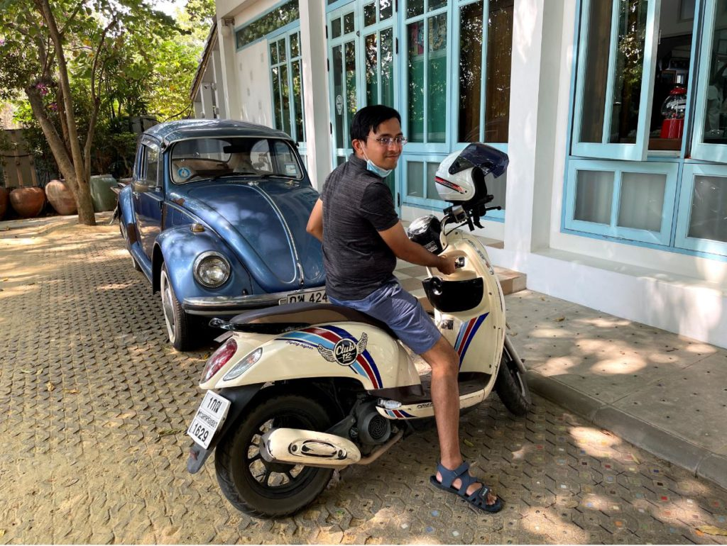 Scooter in Ayutthaya